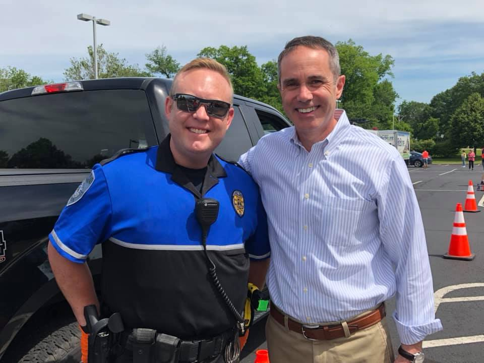 June 8, 2019: Senator Santarsiero and Representative Ullman at the Shredding & Community Drive in Plumstead Township